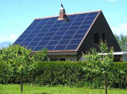 maison panneaux photovoltaiques