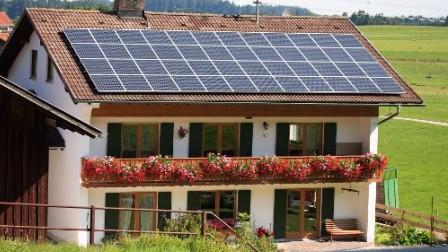A Marburg en Allemagne, les habitants se dotent de panneaux solaires