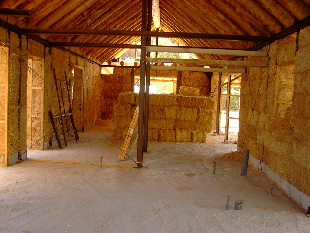 le panneau de paille pour une bonne isolation. Black Bedroom Furniture Sets. Home Design Ideas